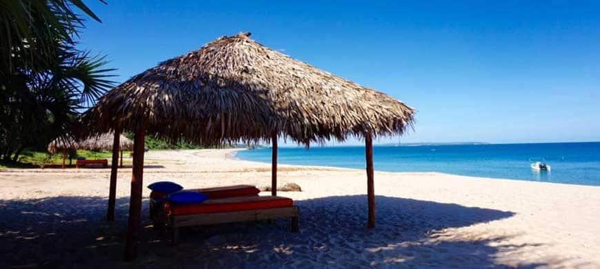 Découvrez le Nord Ouest de Madagascar avec le Lodge des Terres Blanches Sambava 2023 Autres villes Mouvement des avions