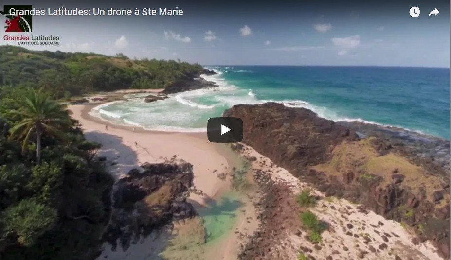 Sainte-Marie à Madagascar vue par un drone