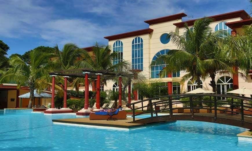 圣地亚哥-苏亚雷斯的大酒店赢得第四星