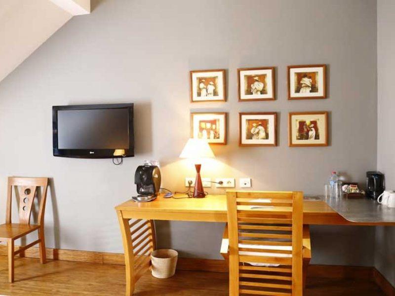 Chambre deluxe 2 pax réservez avec hotels booking madagascar
