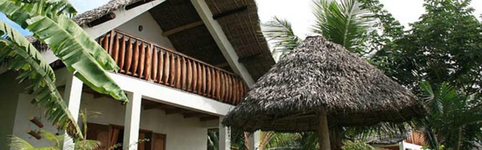 bungalow de luxe r servez avec hotels booking madagascar. Black Bedroom Furniture Sets. Home Design Ideas