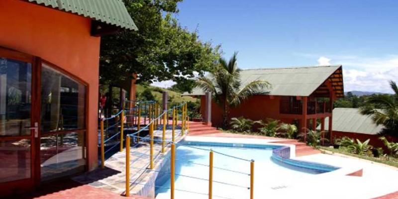 L'Oasis Lodge