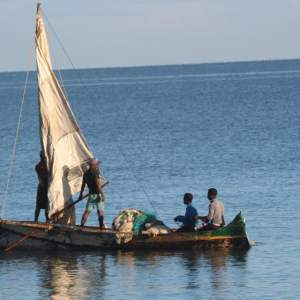 Rent-501-Pirogue-à-Voile-Morombe-Salary-Sud_Ouest-Madagascar