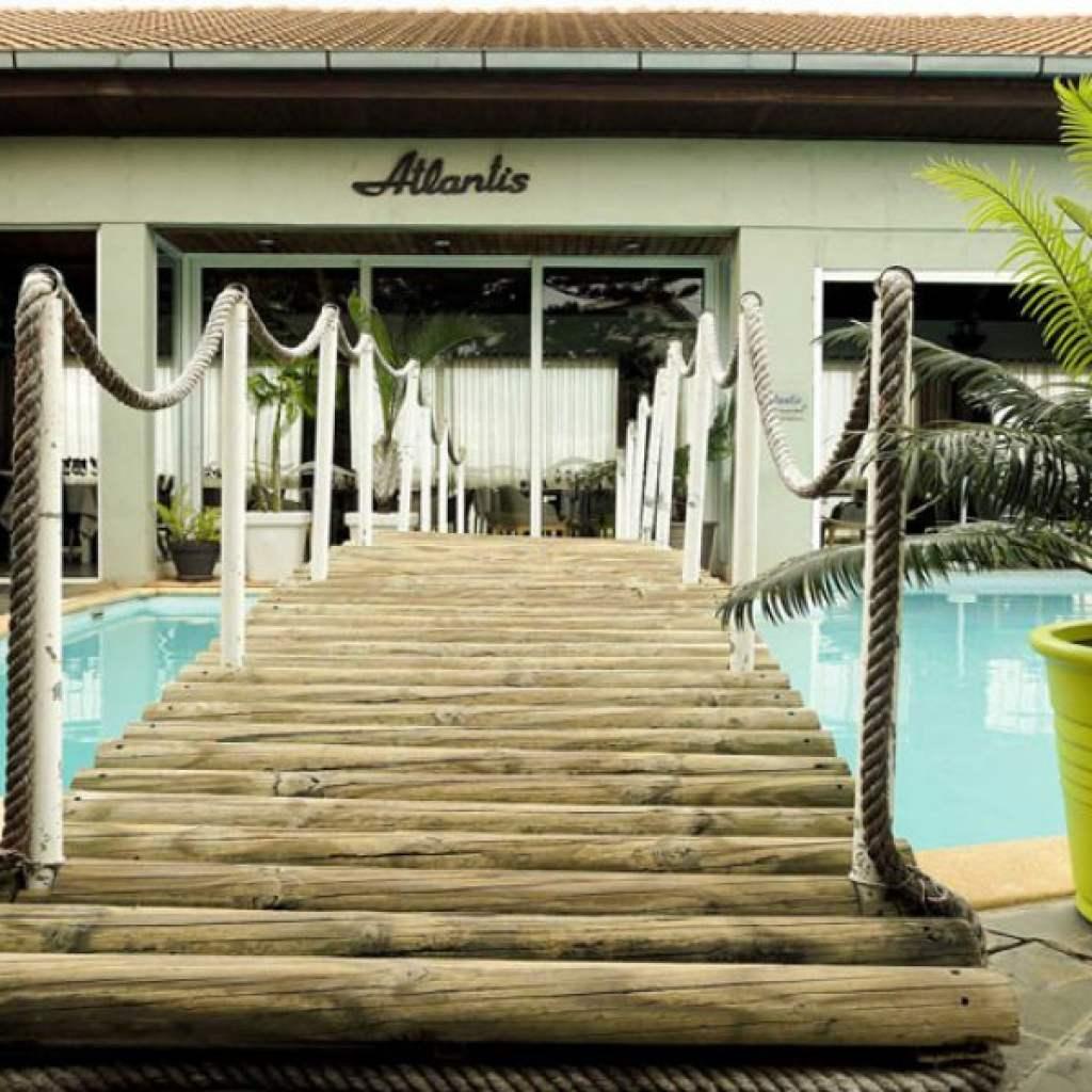 Hôtel Atlantis : réservez dans un hôtel exceptionnel proche de l'aéroport !