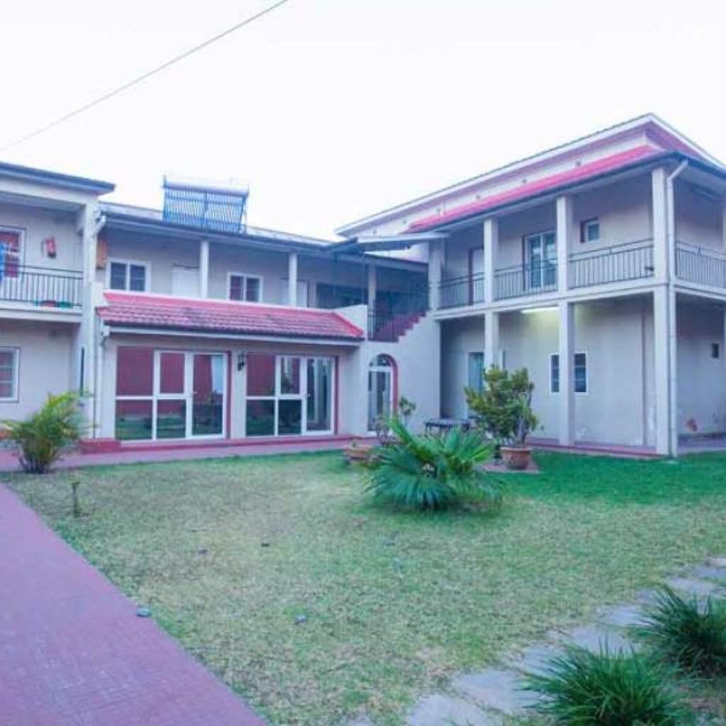 Ira Hôtel | Centre ville de Tananarive à Isoraka, chambre confort à petit prix
