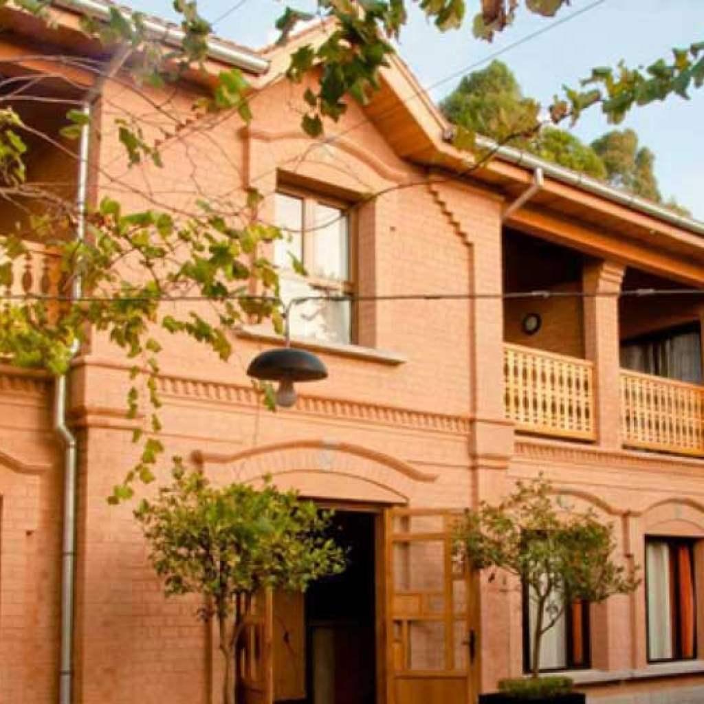 Réservez dans l'hôtel de charme Le Combava pour un séjour de rêve !
