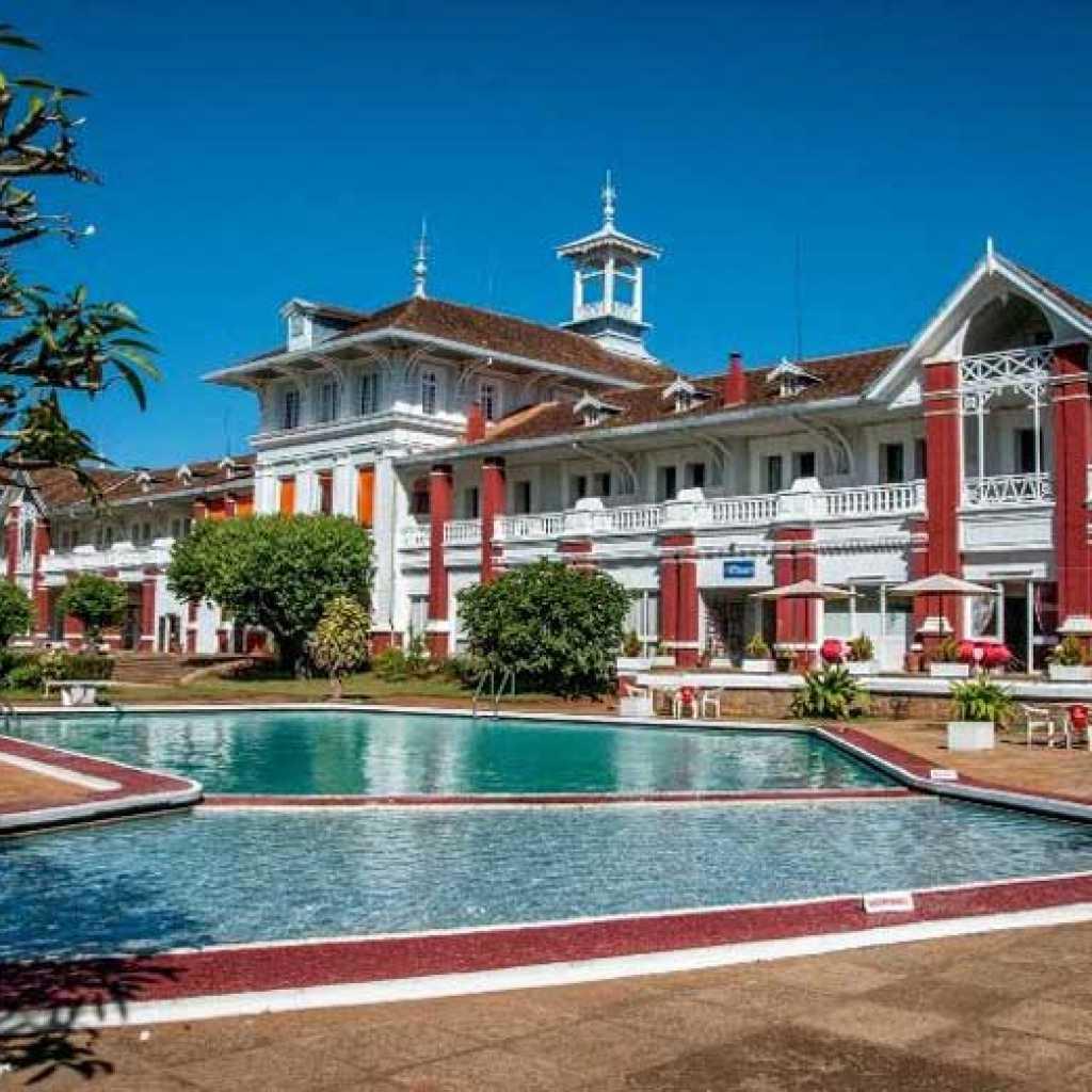 Dormir à Antsirabe – L'Hôtel des Thermes