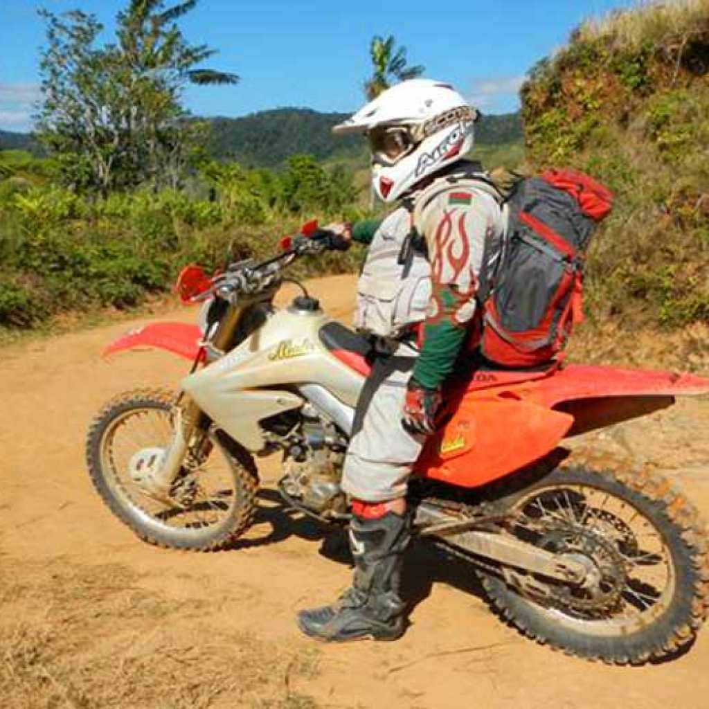 Circuit Enduro trial moto à Madagascar